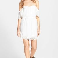 Junior Women's Socialite Strapless Crochet Trim Dress
