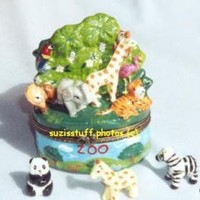 ZOO-Porcelain Hinged Box...with MANY ANIMALS