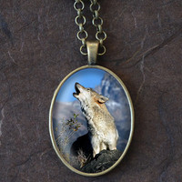 Howling Wolf Necklace, Wolf Pendant, Howling Wolf Charm, Oval Necklace (1500B)