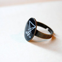 Sigil of Lucifer (Seal of Satan) - Handmade Vintage Cameo Ring