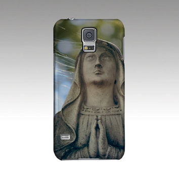 Madonna Phone Cover - iPhone and Galaxy Case, Religious Statue, Cemetery Art, Catholic, Iconography, Montreal travel art, Spiderwebs, gothic
