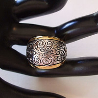 "Premier Designs Wide Band Ring ""Nostalgia"" Size 10"