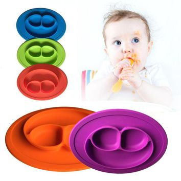 Flexible, Silicone kids/baby Dinner Plate - Travel/Portable Tray - Training Dish for Babies. 1 PC, 3 Sections