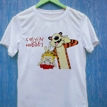 Calvin and Hobbes    T-Shirt Unisex Adults
