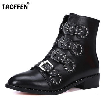 Brand Genuine leather Motorcycle boots Biker Shoes Women Suede Pointed Snow Boots Brand Shoe Famous Designer Woman Flats Punk