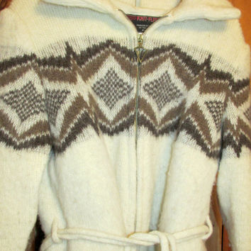 BIG SALE Vintage STOBI Knit Fleece Denmark Icelandic 100% Wool White Sweater Hipster Jacket