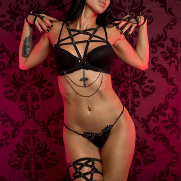 Satan's Bride pentagram spiked and chained harness
