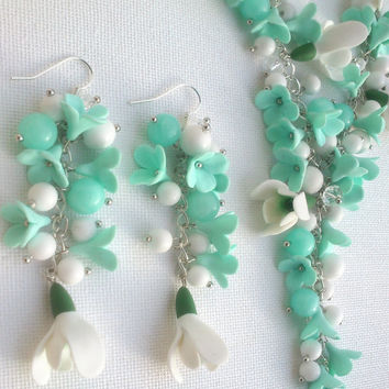 Mint jewelry - Flower jewelry - Polymer necklace and earrings