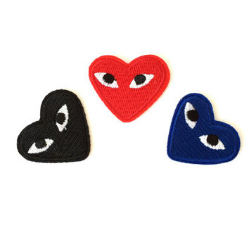 Graphic heart with eyes logo, iron on patch, applique, motif in dark blue, red, black