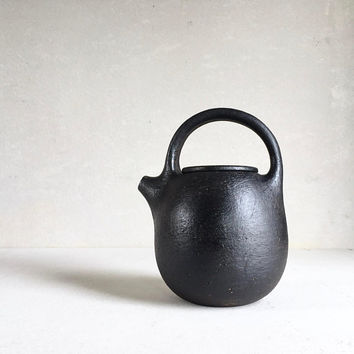 BIG TEAPOT Rustic Black 40 oz large, ceramics, pottery, handmade teapot, tea pot, teavessel, teaset teaware, teacup, coffeepot gift