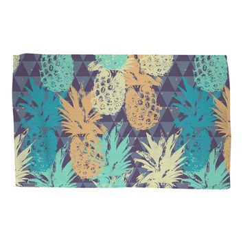 Pineapple on Triangle Rug
