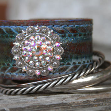 Leather Braclett Cuff Swarovski with Crystal Concho accented