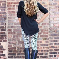 Leopard in the Snow Leggings - Restocked