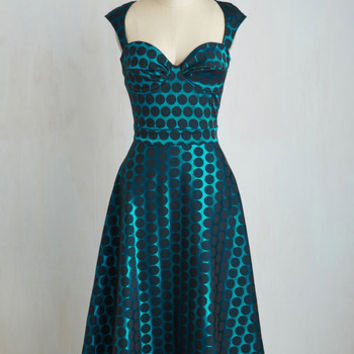 Sleeveless A-line Prove Your Groove Dress in Teal Dots