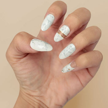 White Marble Press On Nails | Fake Nails | False Nails | Glue On Nails | Gel Nails | Any Shape & Size | Fun Nails | Kylie Jenner