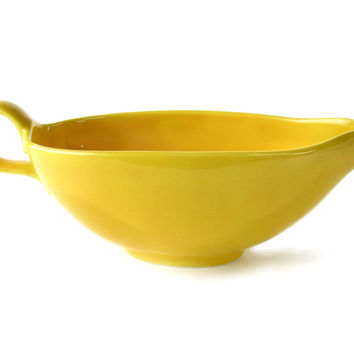 Rhythm by Homer Laughlin Gravy Boat, Bright Yellow, Made in the USA, Sauce Dish