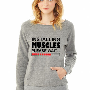 Installing Muscles ladies sweatshirt