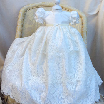Christening lace gown-baptism-specialoccasion-Leite