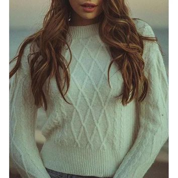 Fall Winter Fashion White Long Sleeve Pullovers Sweater