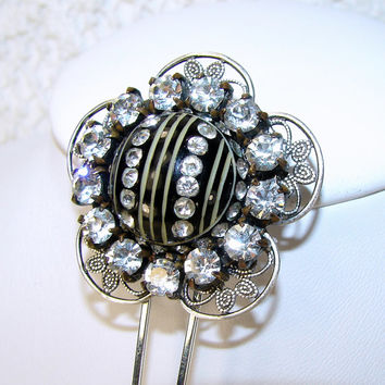 Rhinestone Flower Hair Comb Carved Resin Black to Cream White VIntage Jewerly Hair Accessories Prom Hairpin Ebony and Ivory