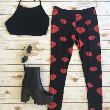 Kiss Kiss Leggings