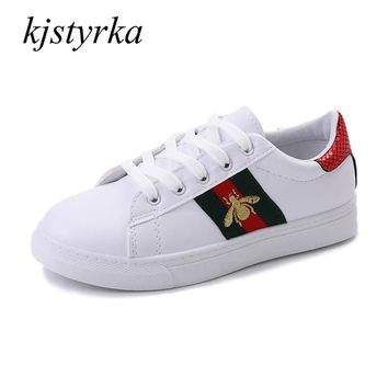 Kjstyrka 2018 Zapatillas Mujer Casual Embroidery Shoes Woman Sneakers Spring Autumn Flat Shoes Fashion Espadrilles Ladies Flats