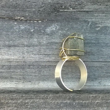 Minimalist Pyrite Cube Ring || Mineral Ring || Wire Wrapped Ring || Rock Ring || Fool's Gold Jewelry