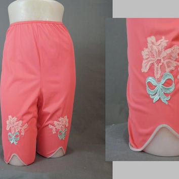 Vintage 1960s Vanity Fair sz6 Coral Pettipants with Turquoise Embroidery & Lace Applique - 25-28 waist,  Long Legged Nylon Panties
