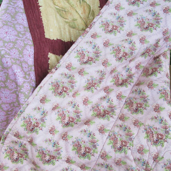 Handmade Free Motion Floral Lap Quilt - Panel Quilt with Borders, Lap Quilt or Throw, Wedding Guest Book Quilt