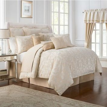 Waterford® Linens Britt Comforter Set in Gold