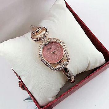 GUCCI Women Fashion Diamonds Quartz Movement Watch