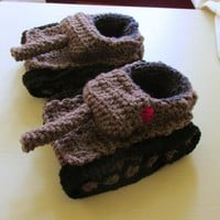 Crochet tank slippers Handmade tank slippers in grey with red Russian star
