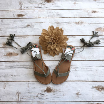 The Knotted Vine Sandals