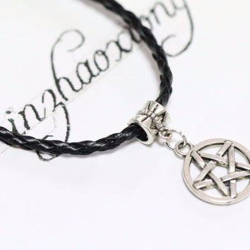 New Fashion Vintage Ancient Silver Supernatural Pentagram Charm Bracelet Pentacle Star Charm PU Leather Cord Wicca Pagan Jewelry