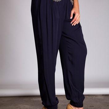 Plus Size Pleated Harem Pants With Pocket Detail