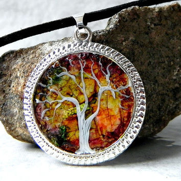 TREE ART Pendant Necklace Eggshell Mosaic Silver Plated with Leather cord chain