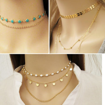 Dainty Boho Choker Necklace with Black Beads / Gold Simple Choker Necklace / Black Short Necklace / Beaded Necklace / Chain Necklace / N309