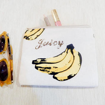 Pencil Case/ Make Up Bag/ Banana Gift for her/ Gift for Mom/ Gift for Wife/ Valentines Day Gift/ Coworker Gift/ BFF Gift/ Bridesmaids Gift