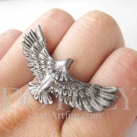 Large Adjustable Eagle Animal Ring in Silver with Feather Detail