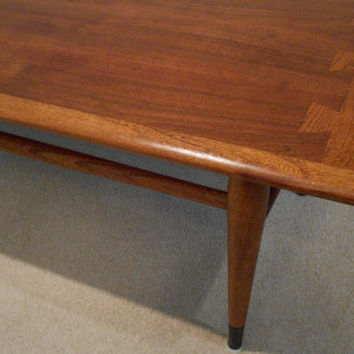 Lane Acclaim Coffee Table by Andre Bus Mid Century Bullnosed Edge Dovetail