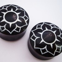 Urban Star Lotus Flower Plugs (4 gauge - 1 inch)