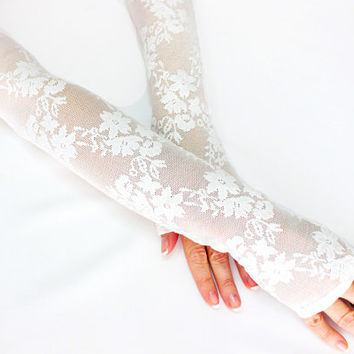 White long lace gloves weddings accessories, wedding long gloves, bridal gloves, fingerless lace gloves, wristlet cuff glovelet, boho bride