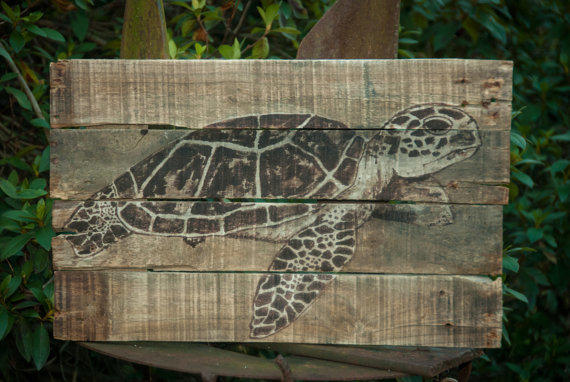 Sea turtle pallet wood art rustic beach from simplypallets on for Sea house decor