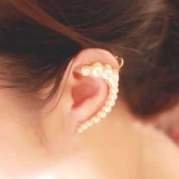 Beauty of Pearl Wrapping Ear Cuff (Gold, Single, No Piercing) - LilyFair Jewelry
