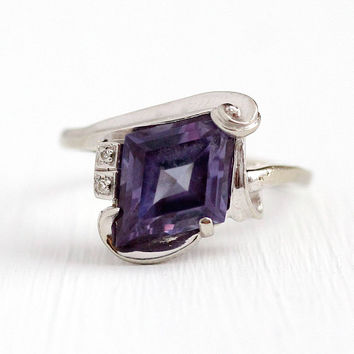 Vintage Retro Ring - 10k White Gold Genuine Diamond & Created Color Change Sapphire - 1950s Size 9 3/4 Violet Blue to Purple Fine Jewelry