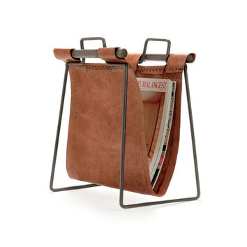 Clint Leather Magazine Stand