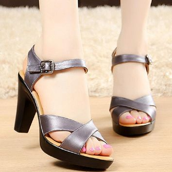 Summer Women Pumps Fashion Gladiator Sandals Genuine Leather High Heels Roman Sandals Peep ToeSandalias