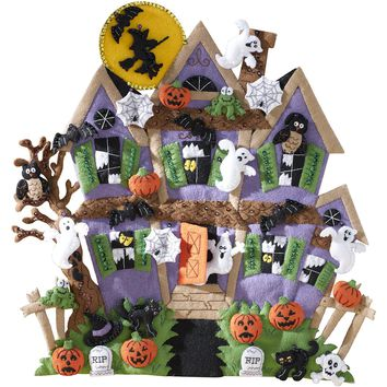 "Haunted House Bucilla Felt Wall Hanging Applique Kit 18""X18"""