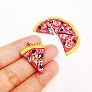 Mini Pizza Charm, polymer clay food charm, fake food charm, miniature dollhouse food, miniature food charm, pizza party favor