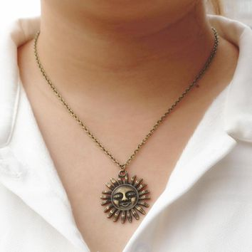 N2046 Vintage Sun Pendant Necklace Everyday Wear Fashion Jewelry Women Collares Bijoux Retro Flower Smile Face One Direction